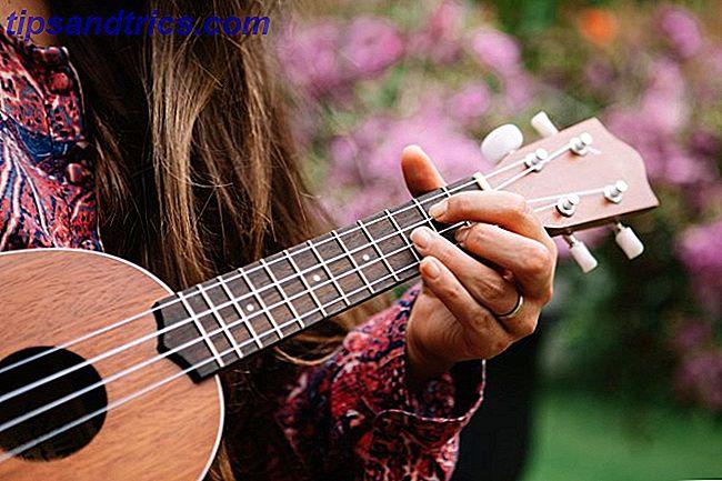 Følgende apps og guider kan ikke gøre dig til en ukulele-mester, men de sætter dig på banen for at få nok kendskab til instrumentet for at være sikker på at spille det.