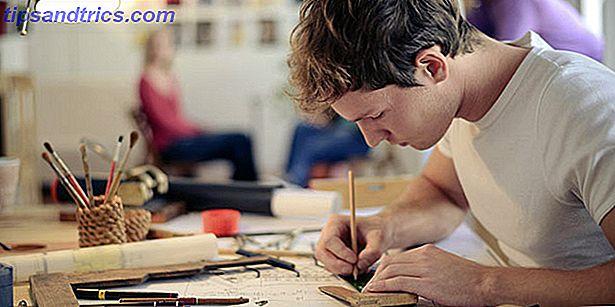 Ist eine Kunstschule für eine Karriere im Grafikdesign notwendig?