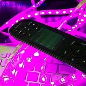 Uw aangepaste RGB-verlichting regelen vanaf een Harmony-afstandsbediening