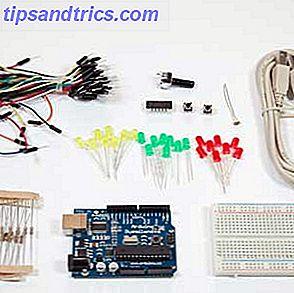 Ik heb eerder de Arduino open-source hardware hier op MakeUseOf geïntroduceerd, maar je zult meer nodig hebben dan alleen de echte Arduino om er iets uit te bouwen en daadwerkelijk aan de slag te gaan.  Arduino-starterkits zijn bundels van veelgebruikte maar nuttige elektronische componenten die u kunt gebruiken om een groot aantal beginnersprojecten te maken, maar wat houdt een starterskit nu precies in?