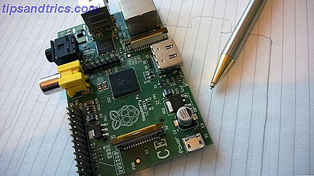 Λαμβάνοντας ένα Raspberry Pi για πρώτη φορά, θα παρατηρήσετε ένα λαμπρό γεγονός: δεν έχει καμία περίπτωση.  Δεν πρόκειται για παράλειψη - μπορείτε να προσθέσετε μια περίπτωση που είναι σωστή για το έργο σας.