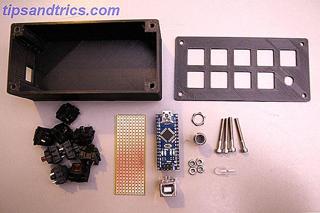 L'humble Arduino peut faire beaucoup de choses, mais saviez-vous qu'il peut émuler un clavier USB?  Vous pouvez combiner de longs raccourcis clavier en une seule touche de raccourci personnalisée, avec ce circuit simple.