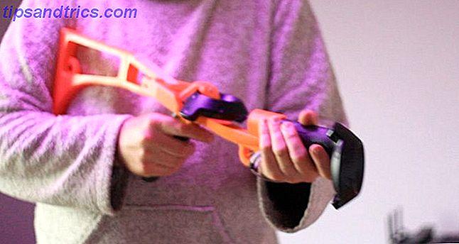 Prenez votre jeu de réalité virtuelle au niveau suivant en imprimant en 3D ces accessoires impressionnants: des épées aux stands et tout le reste.