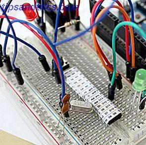 Spendera inte pengar på en Arduino - Bygg din egen för mycket mindre