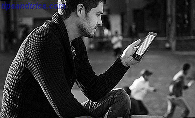 Lesen ist immer noch ein beliebter Zeitvertreib - die Leute benutzen nur eine größere Auswahl an Geräten als je zuvor.  In diesem Sinne schauen wir uns 2016 die beste Art an, Bücher zu lesen!