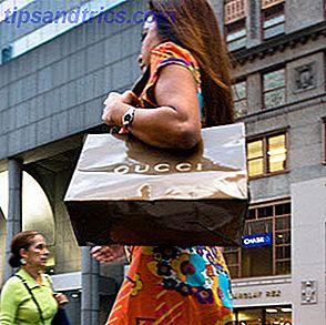Je me souviens quand j'étais enfant que tous les samedis c'était le jour des courses.  Ma mère emmènerait mon frère et moi dans cet immense centre commercial où nous aurions ce dont nous avions besoin, puis nous irions déjeuner avant de rentrer à la maison.