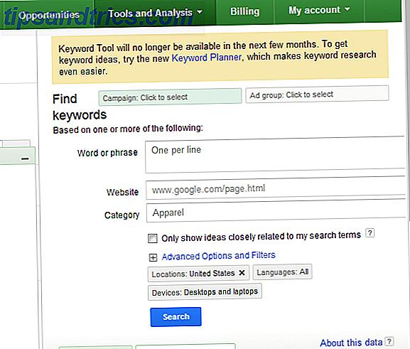De belangrijkste verschillen tussen het Hulpprogramma voor zoekwoorden van Google Adwords en de Keyword Planner omvatten een meer georganiseerde workflow voor het onderzoeken van adwords en zoekwoorden, een duidelijkere presentatie van gegevens, snelle toegang tot enkele mooie historische grafieken en de mogelijkheid om historische gegevens in spreadsheetvorm te downloaden.  In dit artikel laat ik u deze nieuwe of andere functies zien en hoe u deze kunt gebruiken in uw eigen zoekwoord- of adwords-onderzoek.