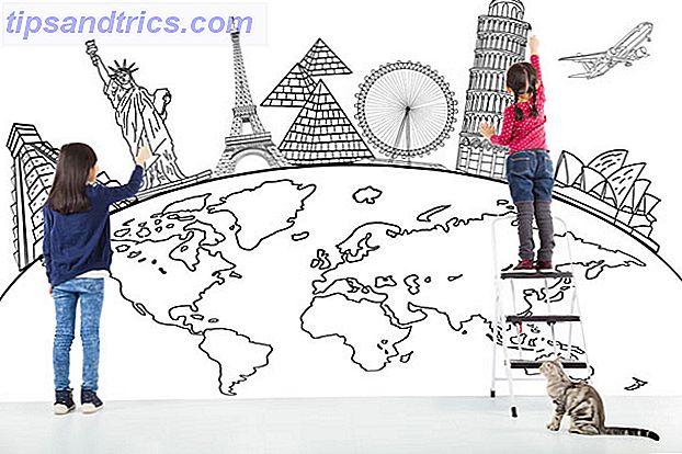 S'ils sont au bon âge, planifier un voyage dans leur propre pays ou partir à l'étranger pour un court voyage en famille pourrait être une excuse opportune pour enseigner de nouvelles compétences aux enfants.
