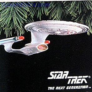 Les arbres de Noël peuvent tous commencer à regarder à peu près la même chose (fausses options améliorées fibre optique), mais une fois décorés, ils montrent la personnalité de leur propriétaire.  Il y a quelques ornements excellents qui vous permettront de montrer votre fierté de geek cette saison de vacances.