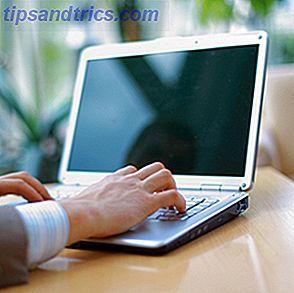 Jeg er sikker på at du har stødt på en computer som denne, især en bærbar computer eller netbook.  Skærmen er anstændigt stor, men den lave opløsning ser ikke ud til at passe godt sammen med en sådan flot skærm.