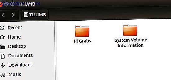Lad os se på problemer omkring USB-enheder og SD-kort med populære distroer (vi bruger Ubuntu) og mindre udbredte distroer, såsom Raspberry Pi's Raspbian Jessie-operativsystem.