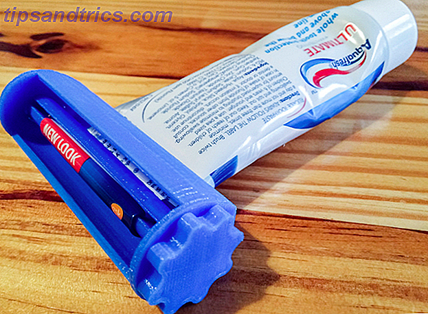 3d-printing-useful-at-home-toothpaste-tube-squeezer