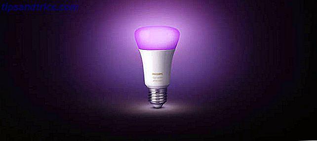 Tout ce que vous devez savoir sur la mise en place des lumières intelligentes du kit de démarrage Philips Hue et sur leur utilisation dans votre maison.
