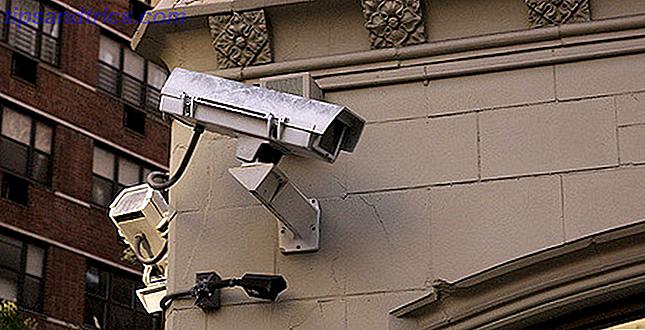 Versteckte Kameras sind ein garantierter Weg, um alles im Haus zu verfolgen.  Hier sind einige kreative Optionen, die fast unmöglich zu erkennen sind!