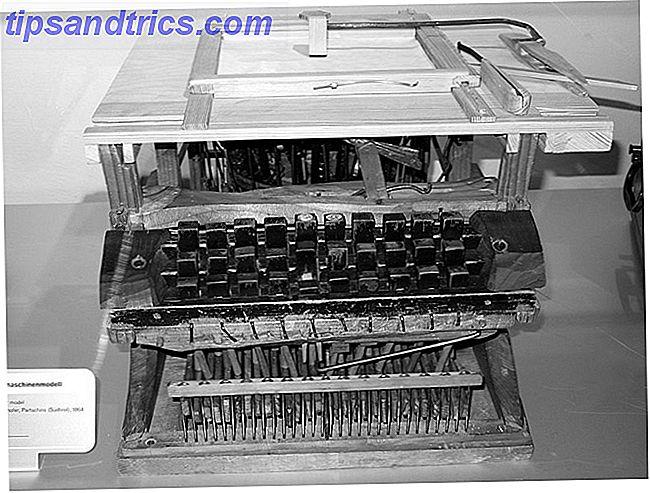 Une histoire des dispositions de clavier, QWERTY traîne-t-il derrière?