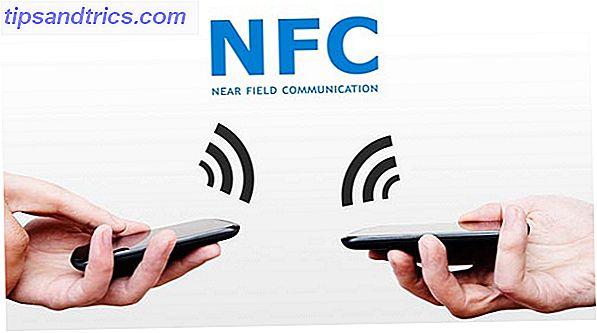 NFC, que significa comunicación de campo cercano, es la próxima evolución y ya es una característica central en algunos de los modelos de teléfonos inteligentes más nuevos como el Nexus 4 y el Samsung Galaxy S4.  Pero al igual que con todas las tecnologías, NFC viene con su propio conjunto de riesgos.