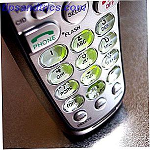 Reducir la factura de su teléfono móvil a la mitad solo requiere tres pasos simples: primero, busque un proveedor que ofrezca planes con descuento, como un MVNO.  Segundo, consigue un teléfono desbloqueado.
