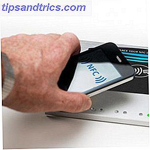 Wat is NFC en moet u een telefoon kopen die het heeft?  [MakeUseOf Explains]