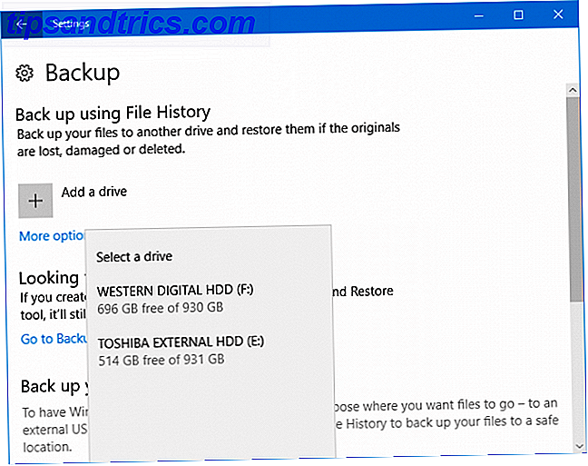 Windows 10 leveres indbygget med en sikkerhedskopieringsfunktion kaldet filhistorik.  Du kan bruge den til at lave kopier af dine Outlook-filer.  Vi viser dig hvordan du gør det rigtigt.
